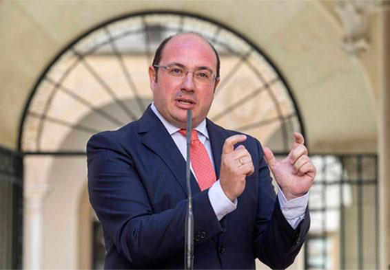 La fiscalia demana dos anys de presó per a l'expresident de Múrcia